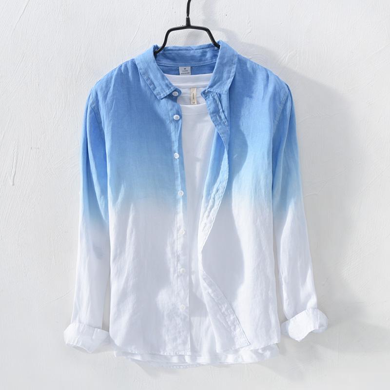蓝色渐变色衬衫