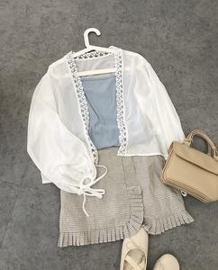 图片:missqiuiu の秋家自制 简单温柔的花边蕾丝白色雪纺衫防晒衫开衫