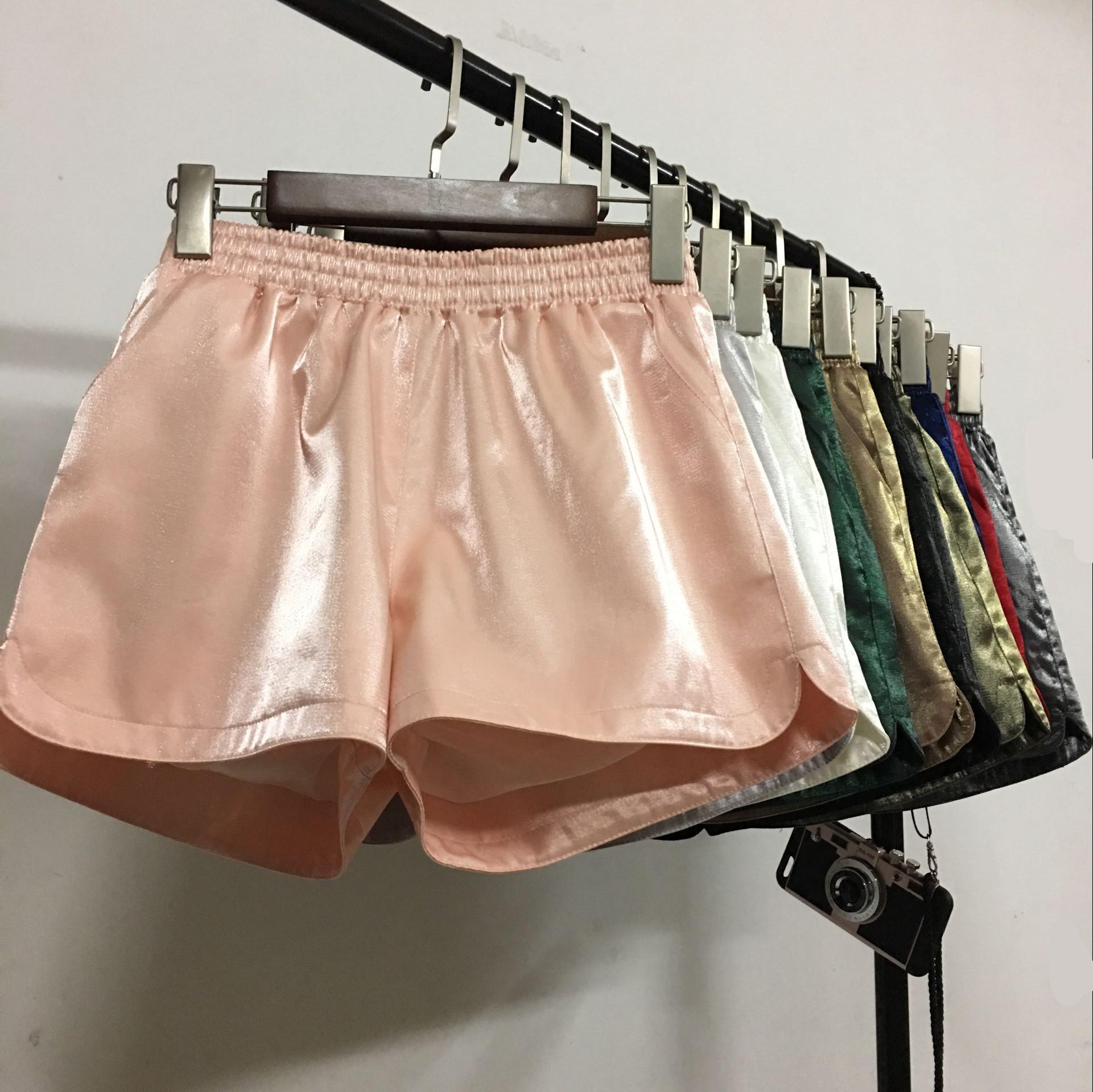 百搭时尚女短裤