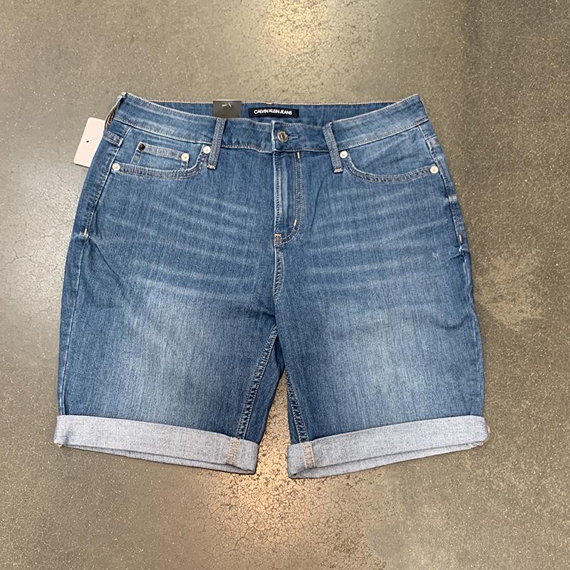 纽约大宝 Calvin Klein/CK 夏季新款 女士休闲百搭水洗牛仔短裤