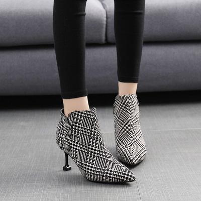 小香格纹少女高跟鞋小跟短靴秋冬2017新款鞋版百搭尖头鞋细跟裸靴