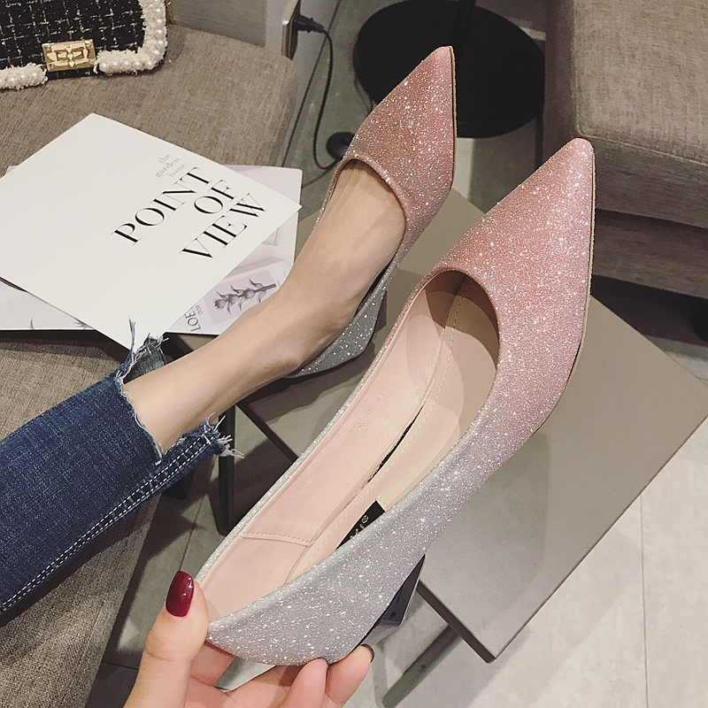 女时尚低跟跟鞋