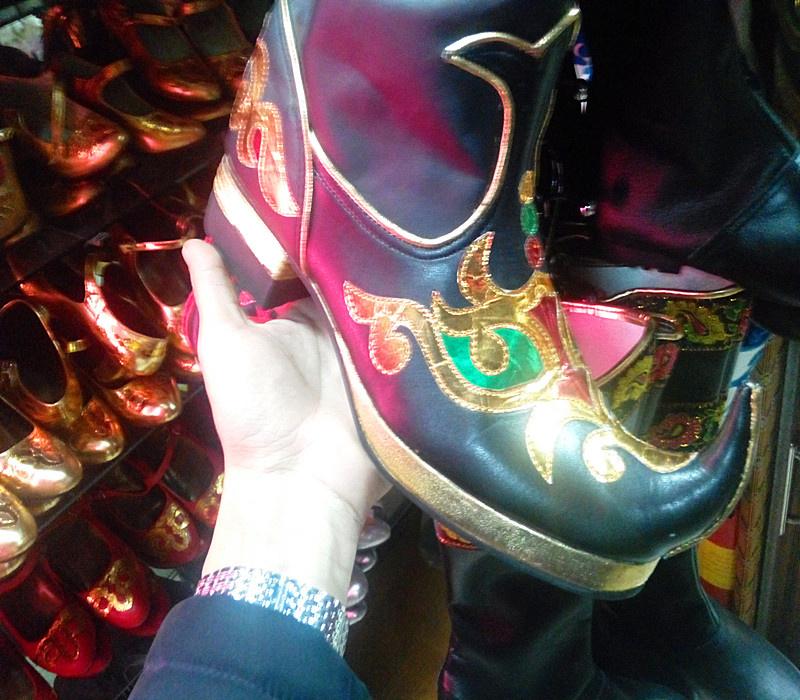 新疆特色舞蹈鞋舞台表演维吾尔族舞鞋男款手工制作男鞋新款