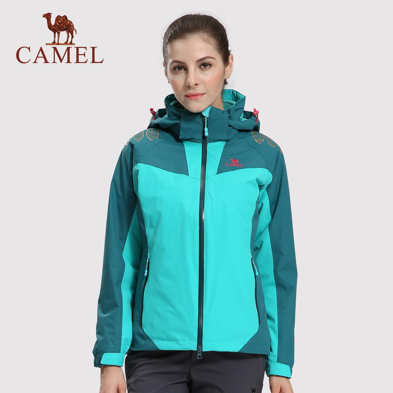 特卖骆驼户外撞色女冲锋衣三合一防风防水登山服潮牌工装外套