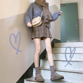 韩国 chic风 配色咯 冬日温暖系清新色系毛衣+格纹百褶百搭半身裙