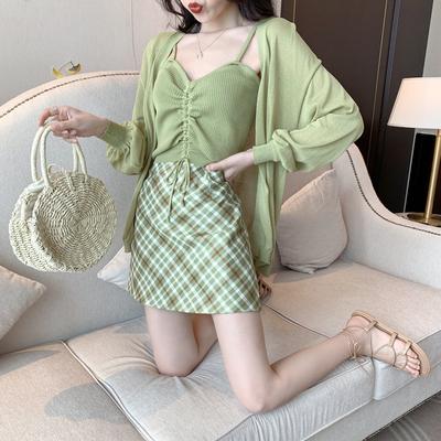 夏装2019新款套装牛油果绿针织开衫+抽绳吊带背心+格子短裙半身裙