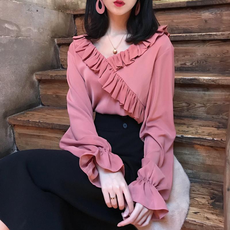 2017秋冬季新款V领花边衬衫上衣宽松喇叭袖长袖套头打底衬衣女装