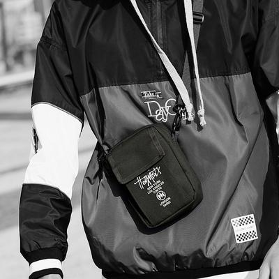 潮牌嘻哈小斜挎包单肩包男青年手机包迷你原宿街头潮流背包蹦迪包