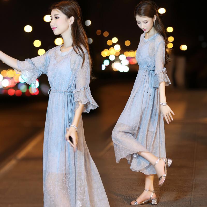 春装印花连衣裙中袖
