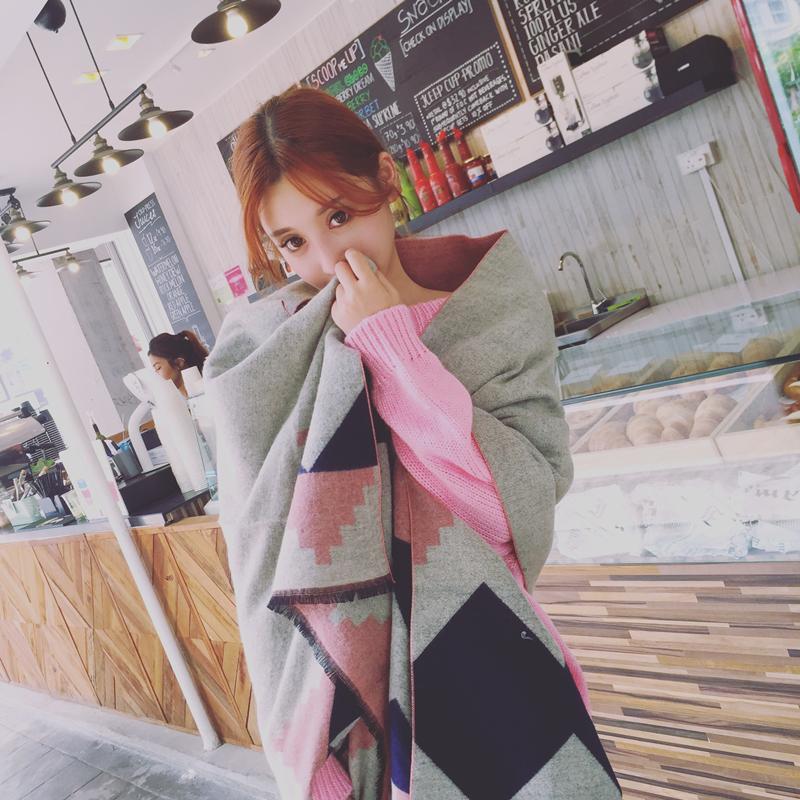 粉色保暖围巾