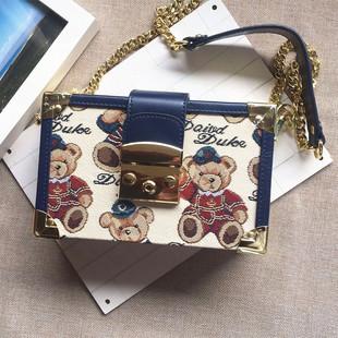 新款天天维尼单肩链条女包盒子包小熊布艺箱子包斜挎包迷你小方包