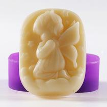 手工皂香皂1个 赠diy硅胶模具 皂模模具 天使女孩单模 约出70g
