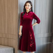 改良旗袍低领2018秋冬新款中国风复古修身中年妈妈女金丝绒连衣裙
