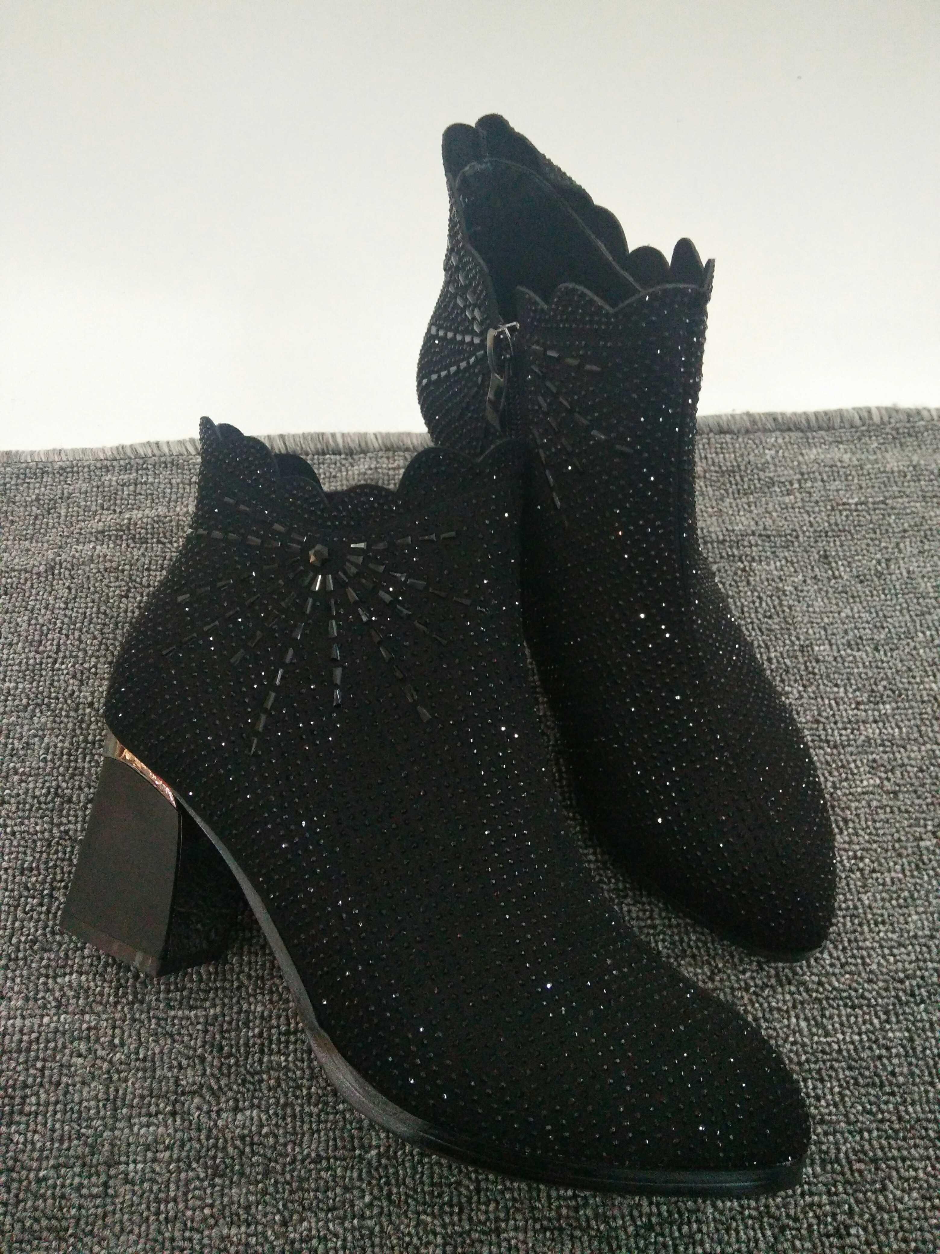 烫钻女棉靴