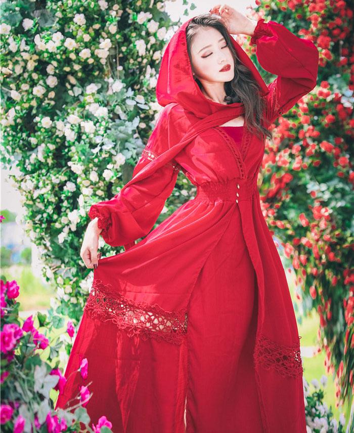 大红长裙秋