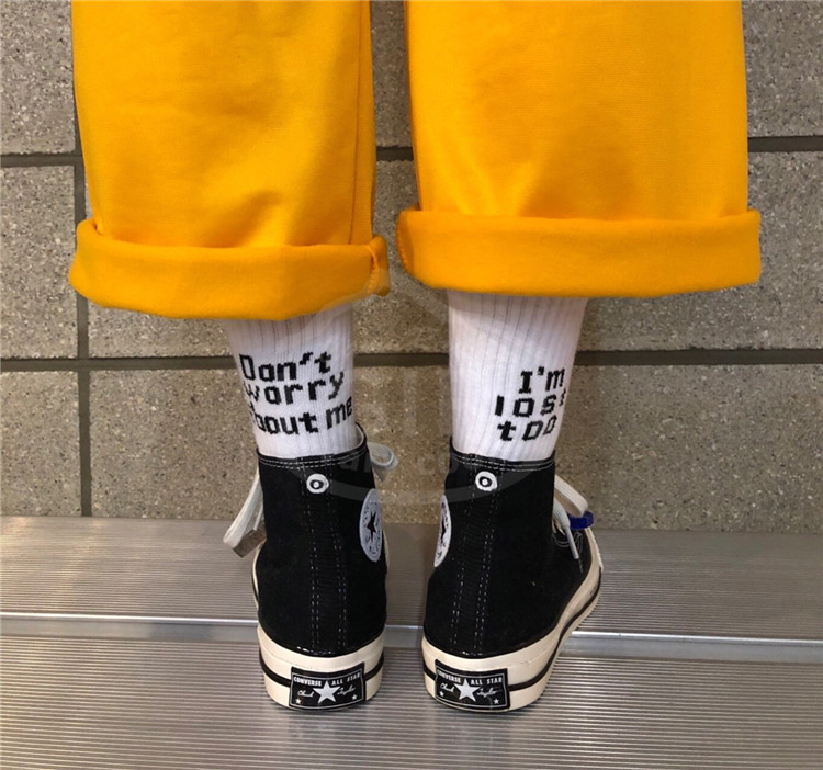 韩国东大门代购男女时尚字母图案高腰袜子休闲百搭筒袜精致19新