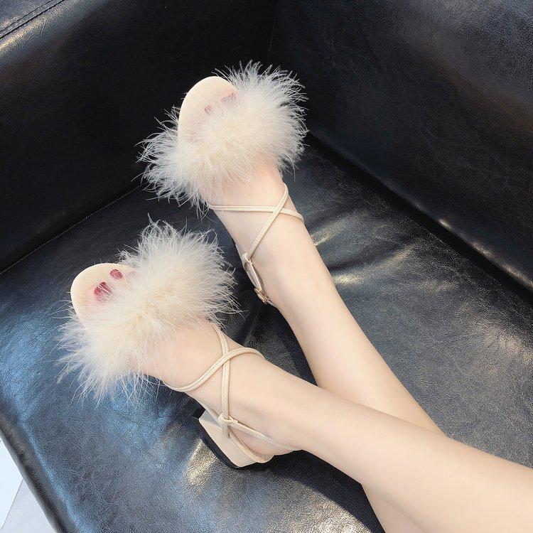 凉鞋2019新款女学生夏交叉绑带一字扣女鞋时尚粗跟毛毛鞋罗马鞋子
