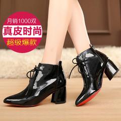 漆皮骑士短靴