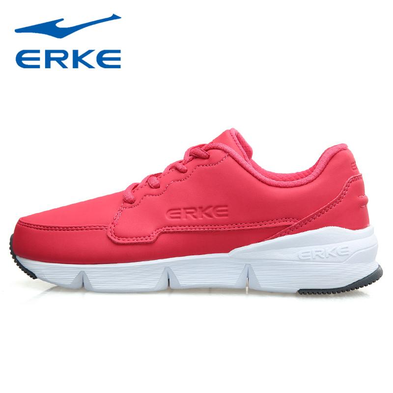 鸿星尔克红色运动鞋