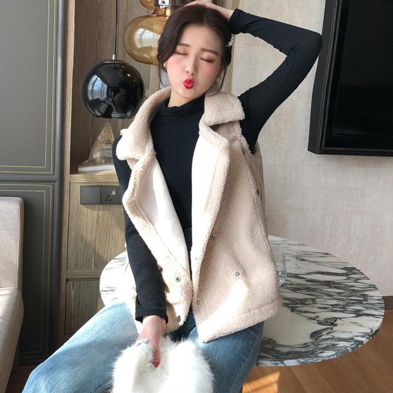autumn winter New women's Korean version of the large lapel lamb hair vest jacket solid color plush no