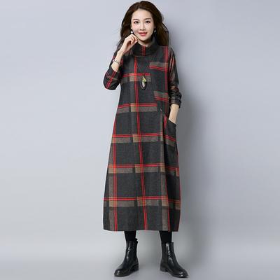 2018秋冬装大码显瘦长款加厚打底裙文艺范复古宽松长袖呢子连衣裙