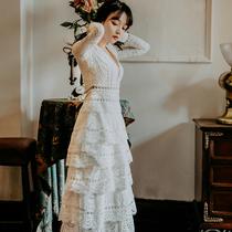 2019春季性感V领蕾丝长袖白色蛋糕裙礼服裙复古仙女度假沙滩长裙