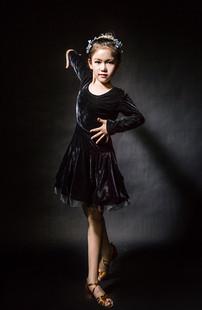 女童拉丁舞服春夏秋款长袖拉丁服韩国丝绒女童拉丁服鹏鹏裙练功服