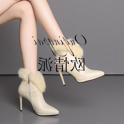 舒适中跟兔毛短靴软牛皮尖头粗跟雪地靴白色粉冬季新款女鞋子