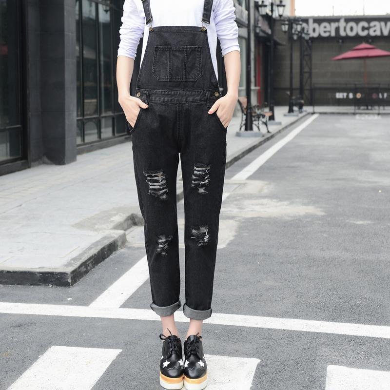 2017新款韩版BF男友破洞牛仔宽松背带裤女学生街头黑色九分显瘦潮