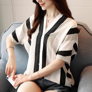 2019夏季新款韩版百搭时尚宽松大码雪纺衫V领条纹衬衫女短袖