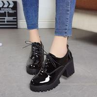 女士高跟小皮鞋