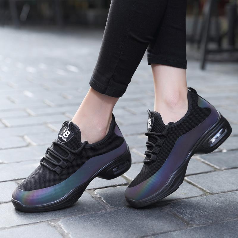 运动鞋女新款气垫春秋款跑步鞋女鞋轻便透气妈妈鞋老北京布鞋女鞋