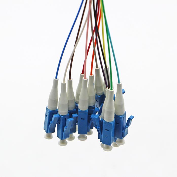 12芯束状尾纤LC 法兰盘分纤箱ODF配线架专用LC单模光纤跳线电信级