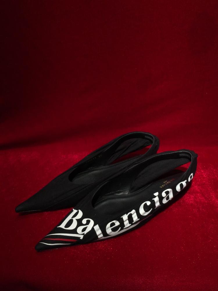 balenciaga平底鞋