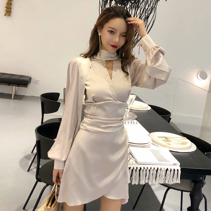 同款显瘦连衣裙