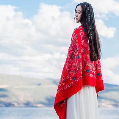 秋冬季西藏尼泊尔刺绣花仿羊绒女百搭披肩民族风围巾加厚两用斗篷