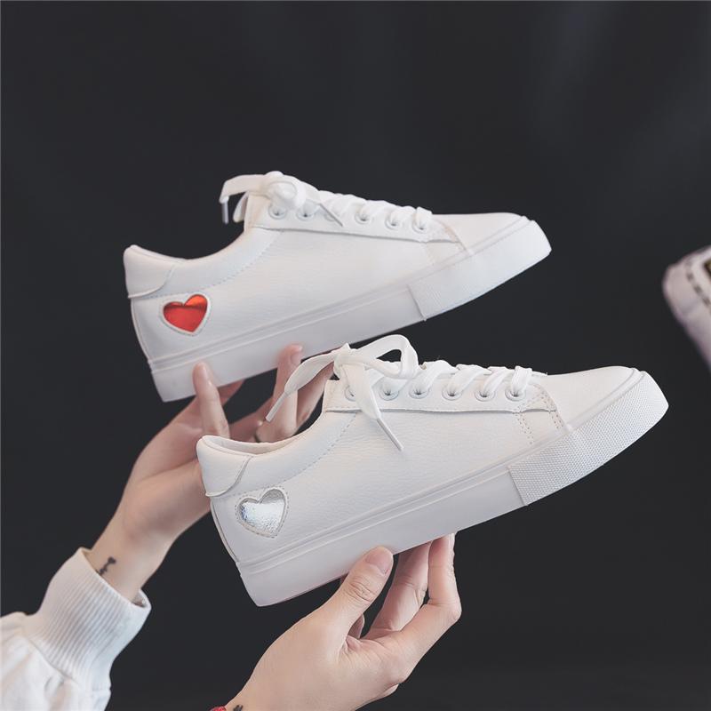 特步2019新款秋季内增高女鞋小白鞋女韩版百搭网红学生板鞋厚底白