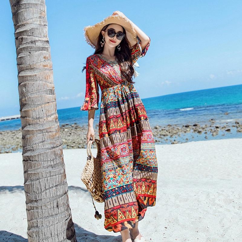 波西米亚民族风连衣裙