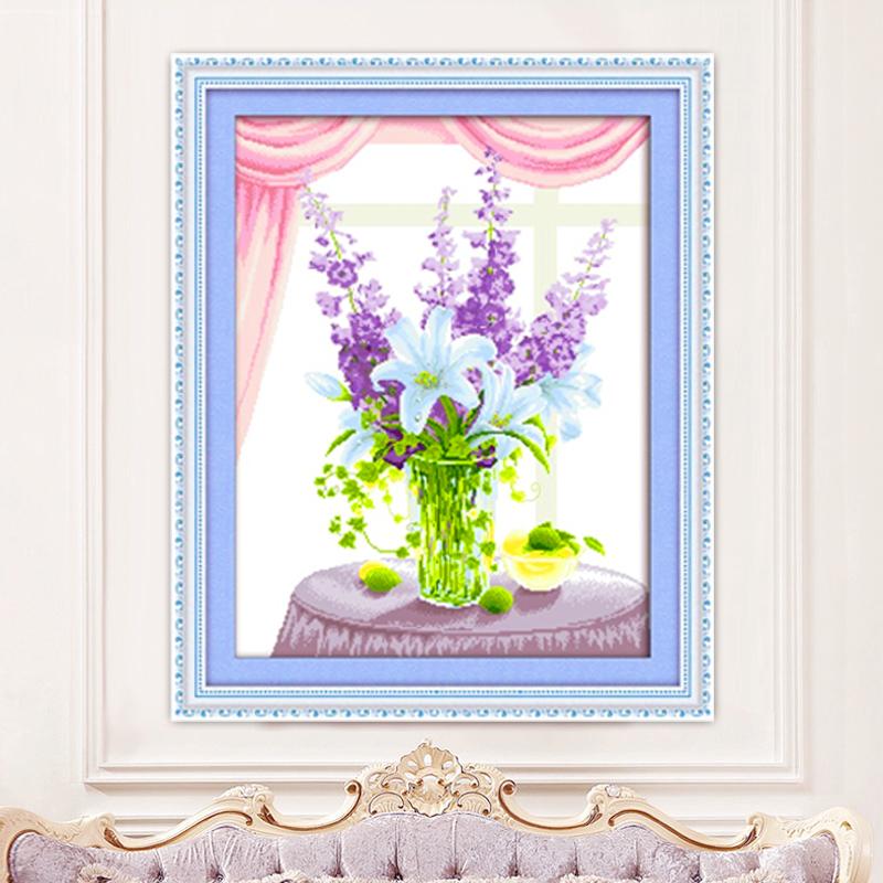 刺绣十字绣花瓶