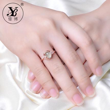 戒指的选购热点与时尚款式