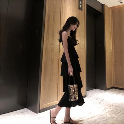 韩风甜美层层荷叶边蛋糕长裙子气质度假风外穿吊带裙修身连衣裙女