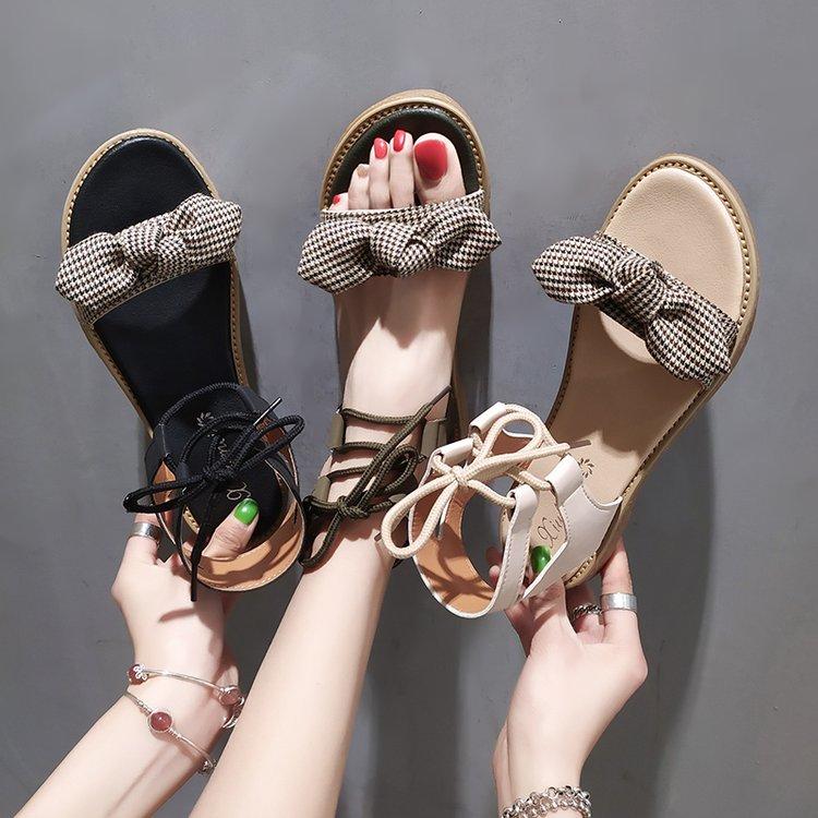 夏天女童凉鞋新款10平底休闲12公主11中小学生13罗马14初中生16岁