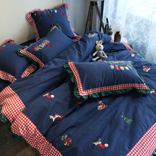 Four sets of cute princess embroidery, stitching and warming cotton bedding