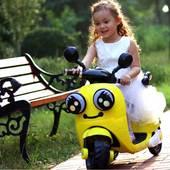 儿童电动摩托车玩具车可坐人男宝宝小孩子三轮充电瓶女孩1-3一5岁