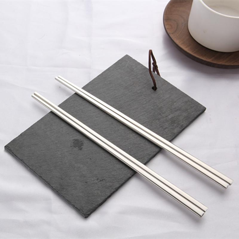 304不锈钢筷子韩式高档实心扁筷子家用防滑方形餐具金属筷子 包邮