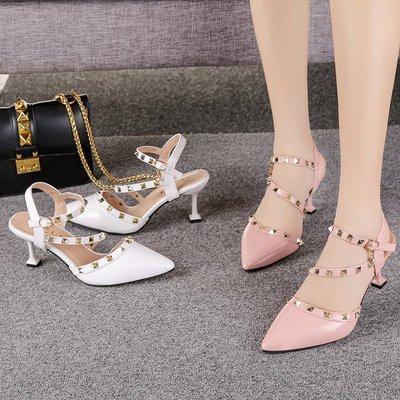 高跟凉鞋女2018夏季新款浅口时尚铆钉尖头鞋韩版中跟细跟白色皮鞋