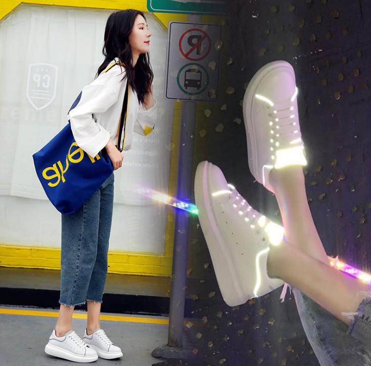 Одинаковая обувь для мамы и дочки Артикул 588886821149