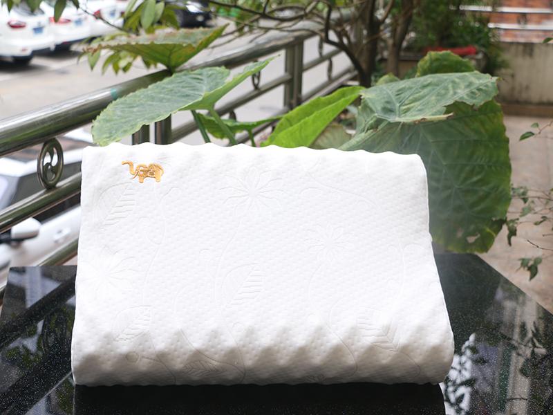 泰国UGAPINK天然乳胶枕--按摩高低枕100%纯天然原装进口包邮