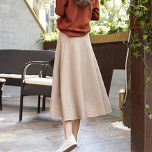 Autumn and winter 2018 new retro a word in the long section of knitting suitable for the big Hong Kong-style half-length skirt female skirt