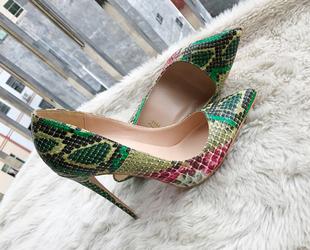 2019欧美新款 34小码 大码 女鞋 细跟尖头浅口单鞋 绿色蛇皮高跟鞋